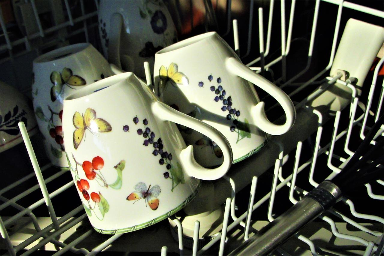 כוסות לפני ניקיון