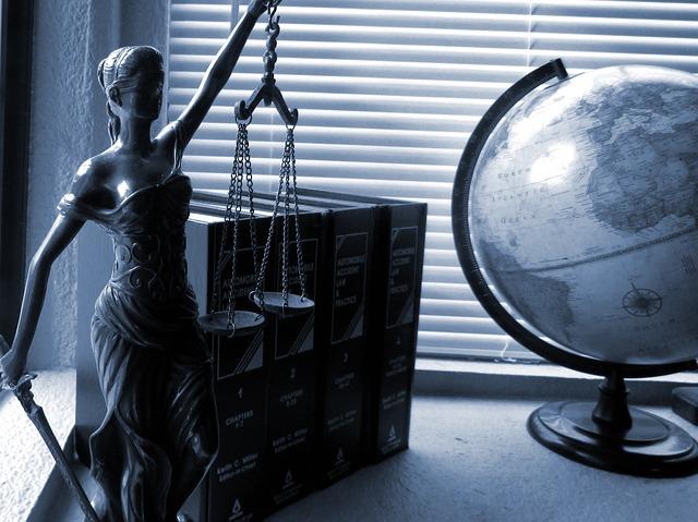איתור עורך דין